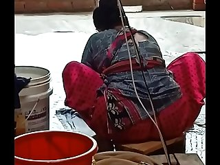 Desi indian big ass maid
