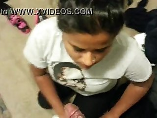 Indian girlfriend sucking dick