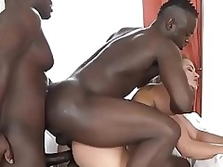 Serbian slut Reddish Fondle challenges the 3 black bulls! Bantam Limits!